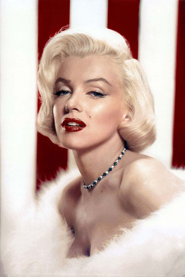 Monroe Always Asked Her Makeup Artist To Use Five Different Shades Of Gloss And Lipstick So That Lips Appeared Fuller The Contrast Between Lighter